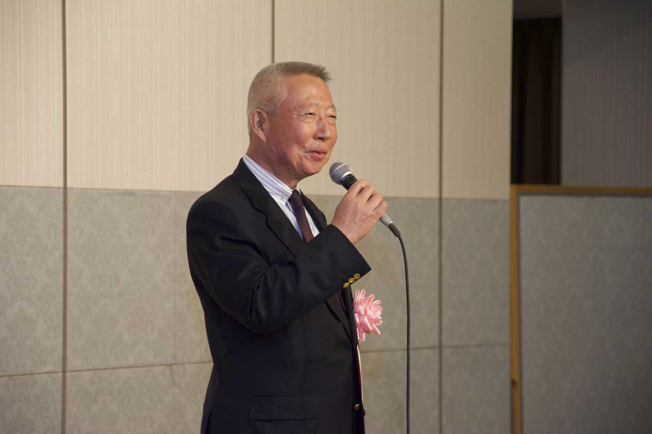 祝賀会の様子(祝辞) 一般社団法人全日本コーヒー協会前会長 太田敬二様